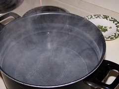 boiling(0.0), food(0.0), dish(0.0), wok(1.0), cookware and bakeware(1.0),