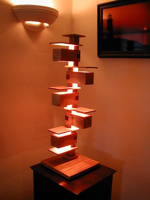 Frank lloyd wright style lamp flickr photo sharing for Frank lloyd wright stile prateria