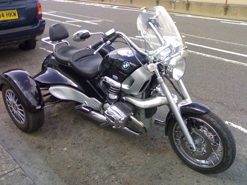Grinnall BMW Trike front view