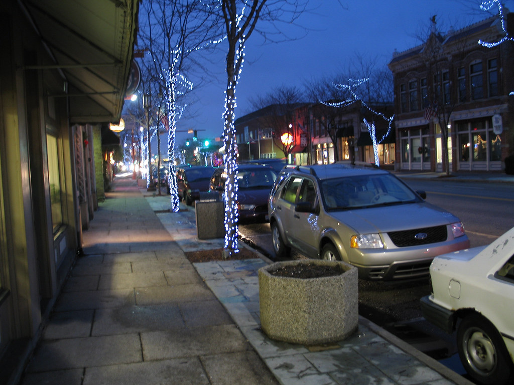 Downtown Maumee, Ohio with Christmas lights - a photo on Flickriver