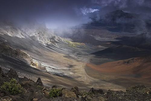 mist clouds volcano hawaii lava bravo day cloudy maui haleakala crater magicdonkey specland specnature excellentscenic