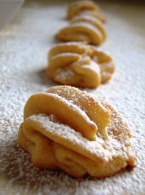 Buttery Jam Cookies (1)