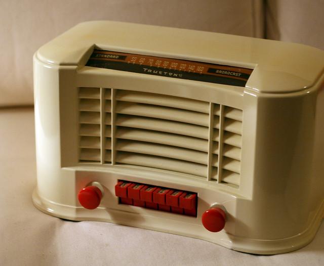 radio vintage truetone