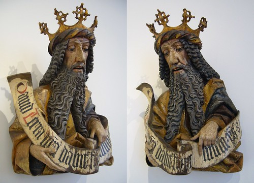 King and Scroll, both sides