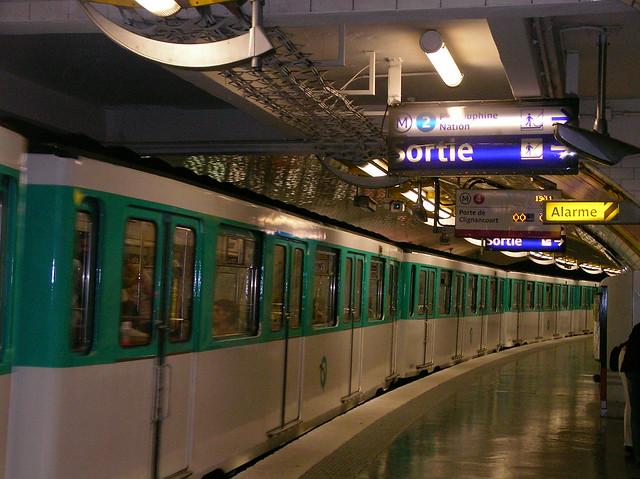 Metro porte de clignancourt flickr photo sharing - Metro porte de clignancourt ...