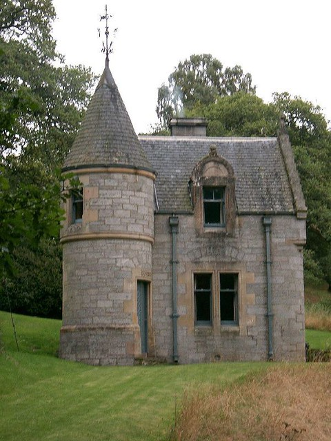 Scotland fairy castle flickr photo sharing for Build a castle home