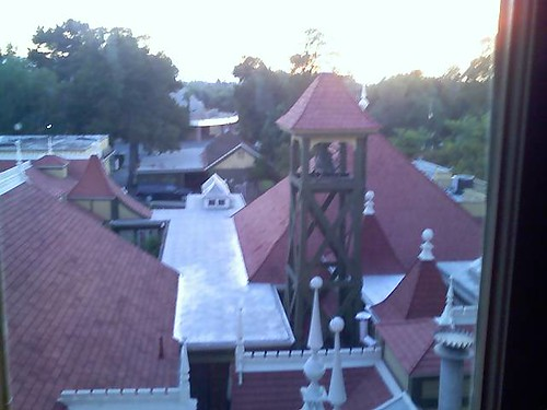 Sunset over winchester mystery house