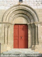 église (BESSON,FR03)