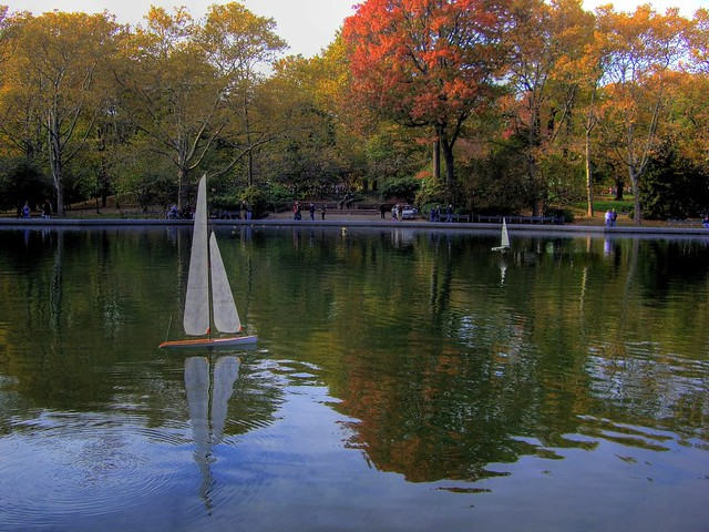 Central park pond nyc flickr photo sharing - Advantages disadvantage buying replica nautical globe bar ...