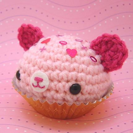 Amigurumi Valentines Day XOXO pink cupcake bear Flickr ...