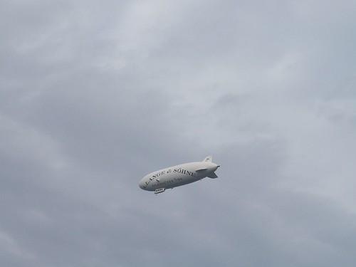 Der Erfolg seiner Expedition mit dem Zeppelin nach Dresden viele  Entdeckungen und Forschungsreisen auf der Reise unter Oberaufsicht der französischen Regierung 2006 www.7sky.de