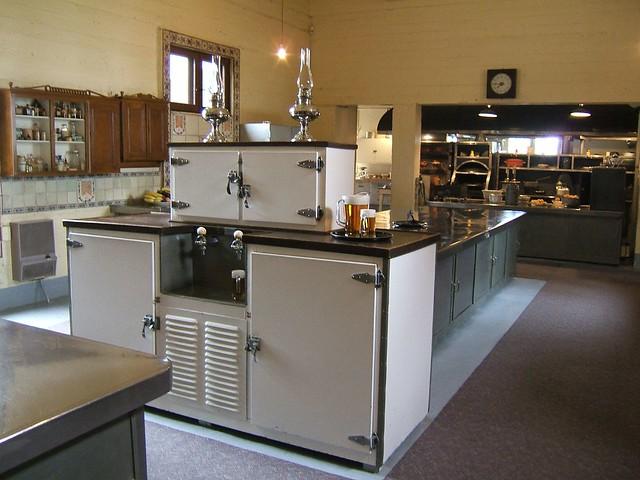 1930 Kitchen Design. 1930 Style Kitchen Design. 1930 Kitchen ...