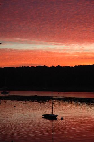 water sunrise shoreline rhodeisland sailboats narragansettbay eastgreenwich cloudsrhodelslandeastgreenwich