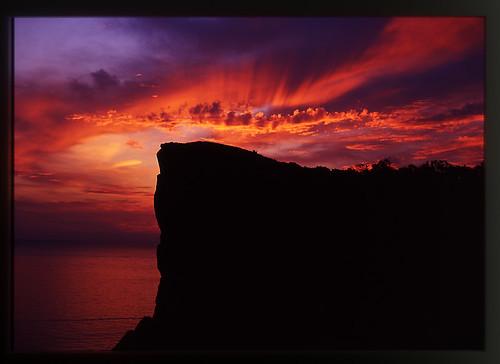orange sunrise wow geotagged 2006 sep shakotan abigfave flickrduel マッカ岬 top20fav2006 geo:lat=433586608 geo:lon=1405249833 あなたの知らない積丹半島p36 女郎子岩、上の展望台より日の出