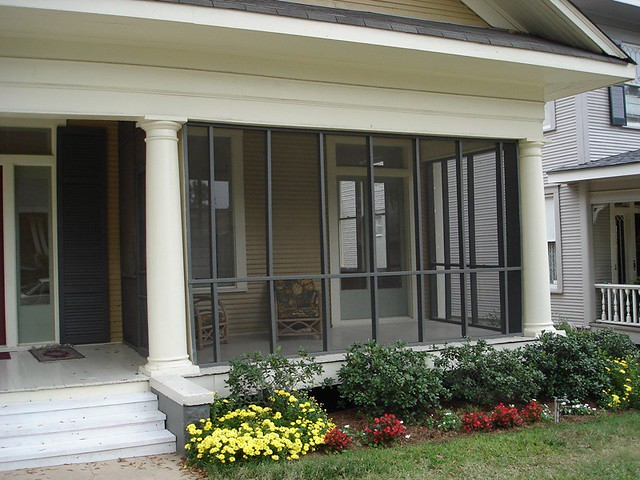 Vacation Rental Home besides Father Of The Bride Movie House Tour as well New England Farmhouse W Wrap Around Porch Hq Plans Pics besides Palatial Luxury Mansion In Melbourne With Classical French Architecture furthermore 2432 Animal Homes With Pictures. on house beautiful porches