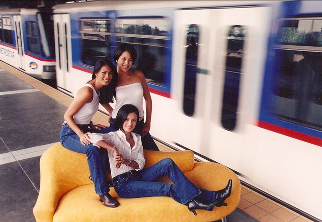 F pictorial at the MRT station, 2000