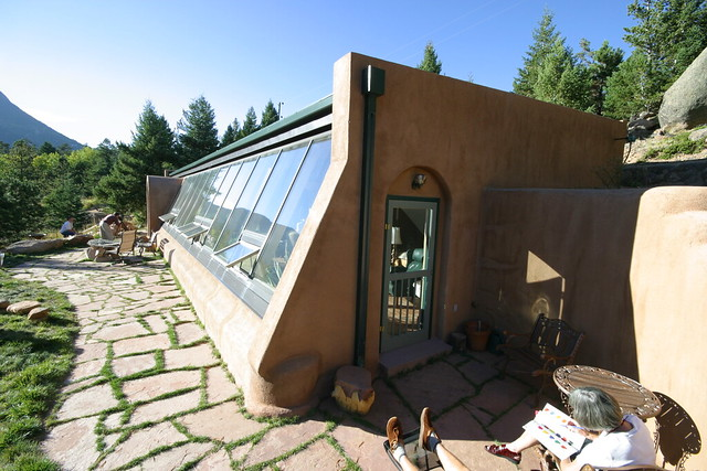 Passive solar tire house 2 flickr photo sharing for How to build a passive solar house