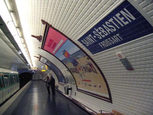 Cpc le serveur du xixe si cle for Carrelage metro parisien