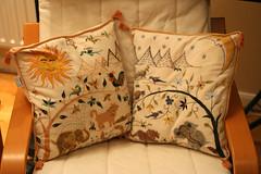 bed sheet(0.0), art(1.0), pattern(1.0), textile(1.0), furniture(1.0), pillow(1.0), throw pillow(1.0), cushion(1.0),