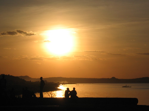sunset sun lake castle rock tanzania victoria safari region mwanza 1on1sunrisesunsets kopkes bismack