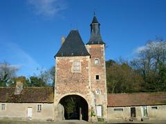 château de la Cour (CHAPEAU,FR03)