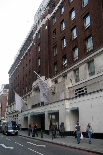 Cumberland Hotel London Postal Code