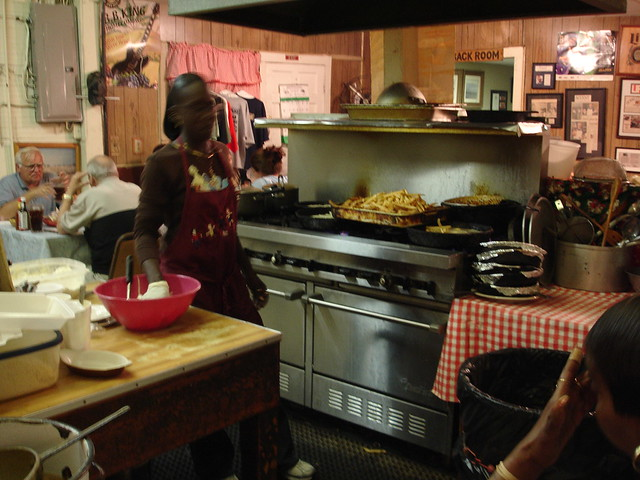 On the stove at Doe's Eat Place, Greenville MS
