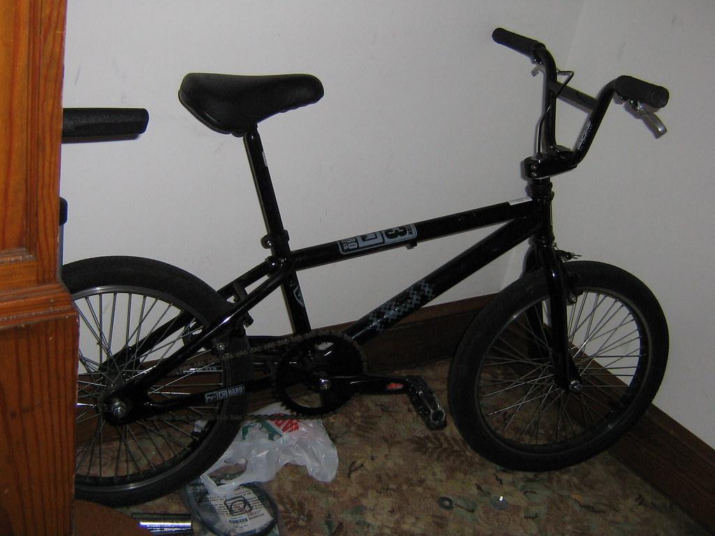 BMX 001