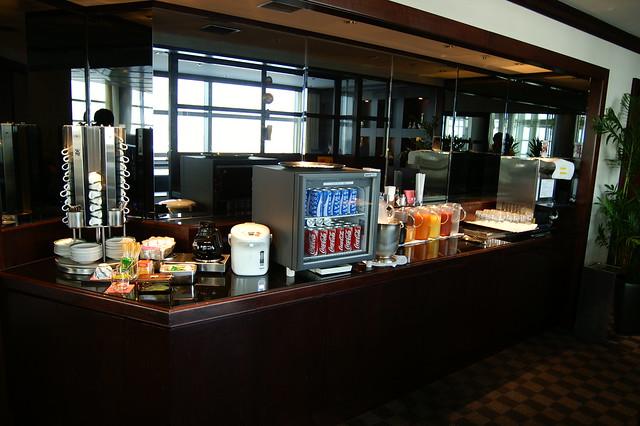 Airport Lounge @ HND/RJTT Terminal 2