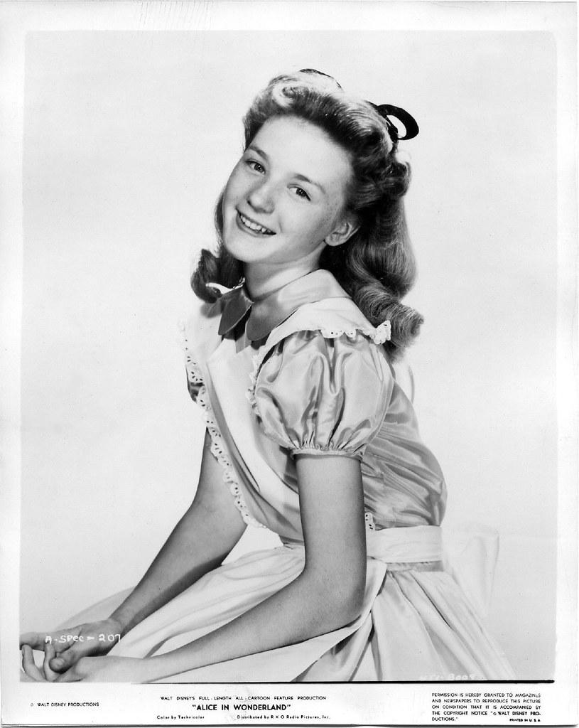 Eloise Mumford picture