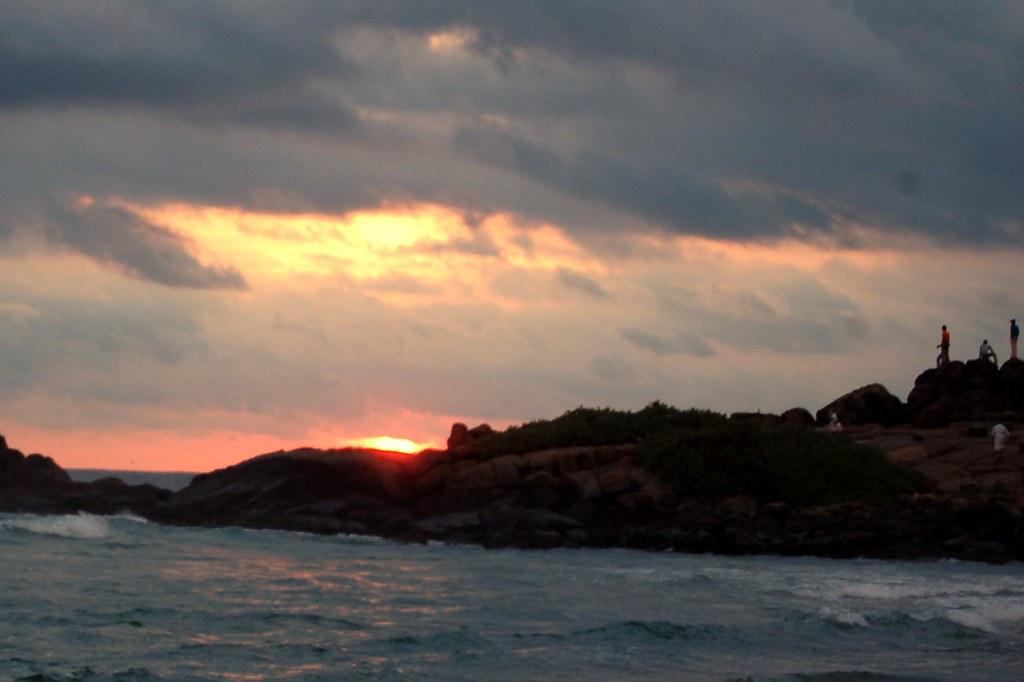 Kovalam -- lighthouse beach