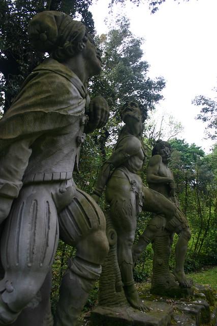 Distorted statue giardino di boboli flickr photo - Statue giardino ...