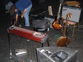 Jon Rauhouse's Gear, Shepherds Bush Empire 2006