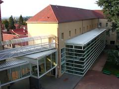 entrée lycée (YZEURE,FR03)