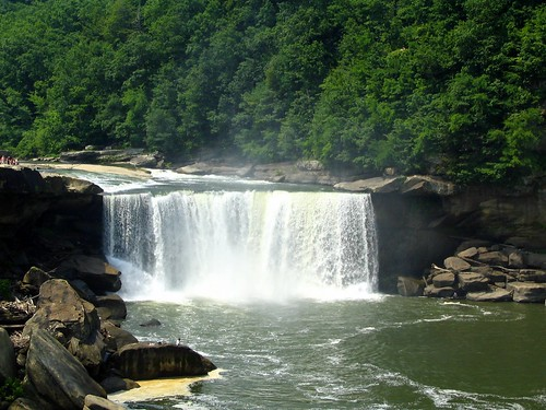 Cumberland falls from observation deck