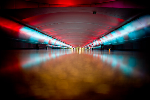 tunnel red