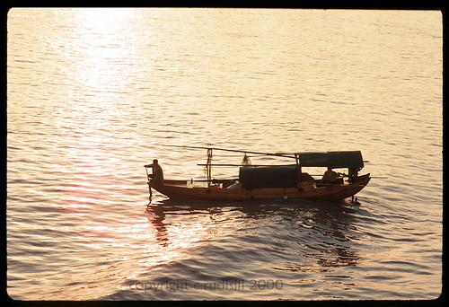 china film river boat junk 2000 kodachrome yangtze yangzi yangtse sampan baots canonf1 yangze moocard