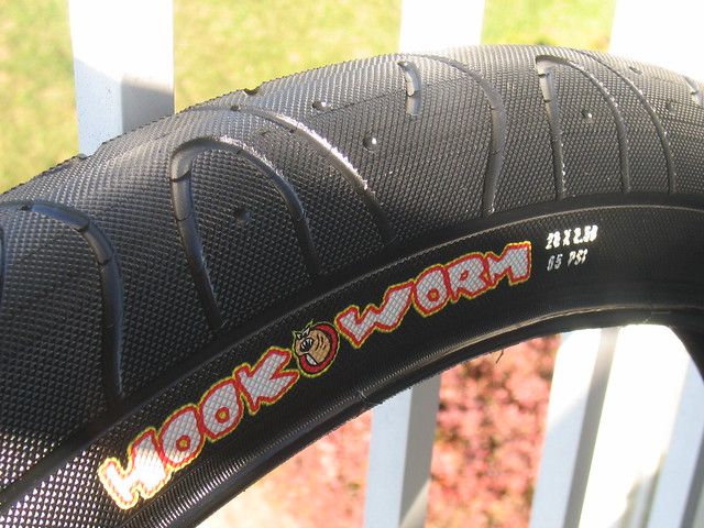 Maxxis Hookworm 2.5 60A 003 | Flickr - Photo Sharing!