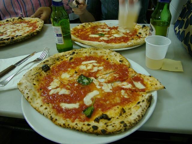 pizza, da michele, napoli
