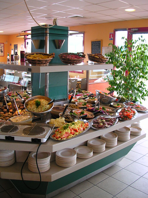 Toulon Restaurant Sur La Place