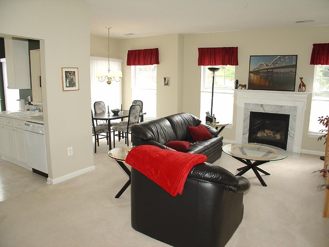 Living room definition meaning for Family room definition