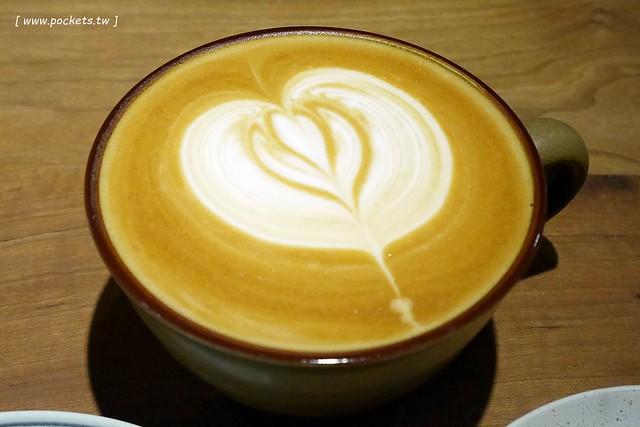 30737715104 3bb0205302 z - Kusabi+ Cafe│老宅改建咖啡館,淡淡的日式氛圍,有附插座和免費WiFi(已歇業