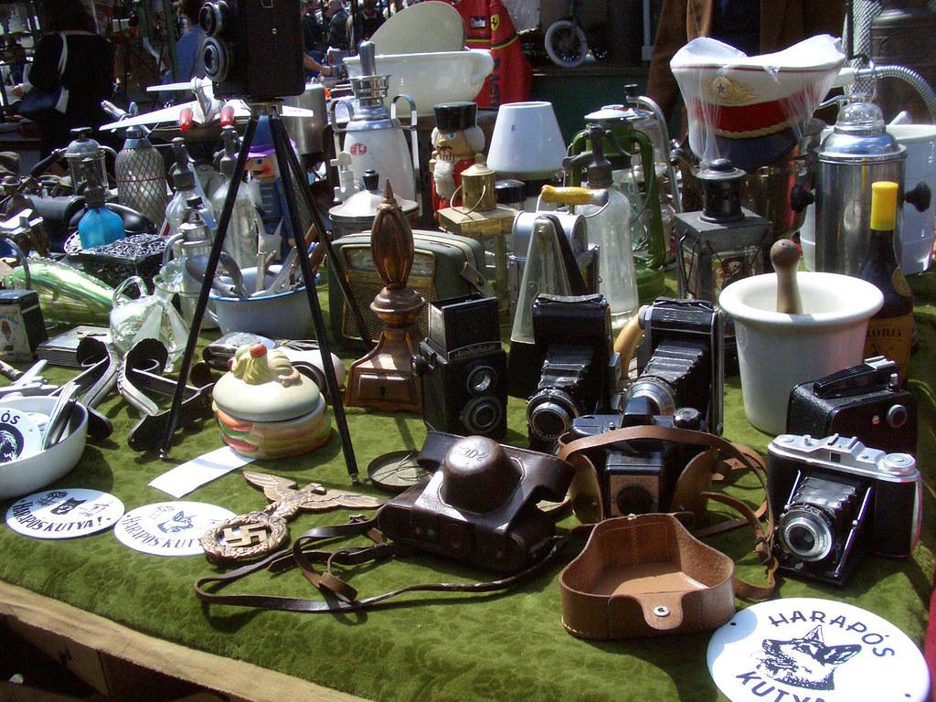 budapest ecseri market table