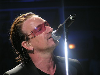 Bono, Chicago, May 12