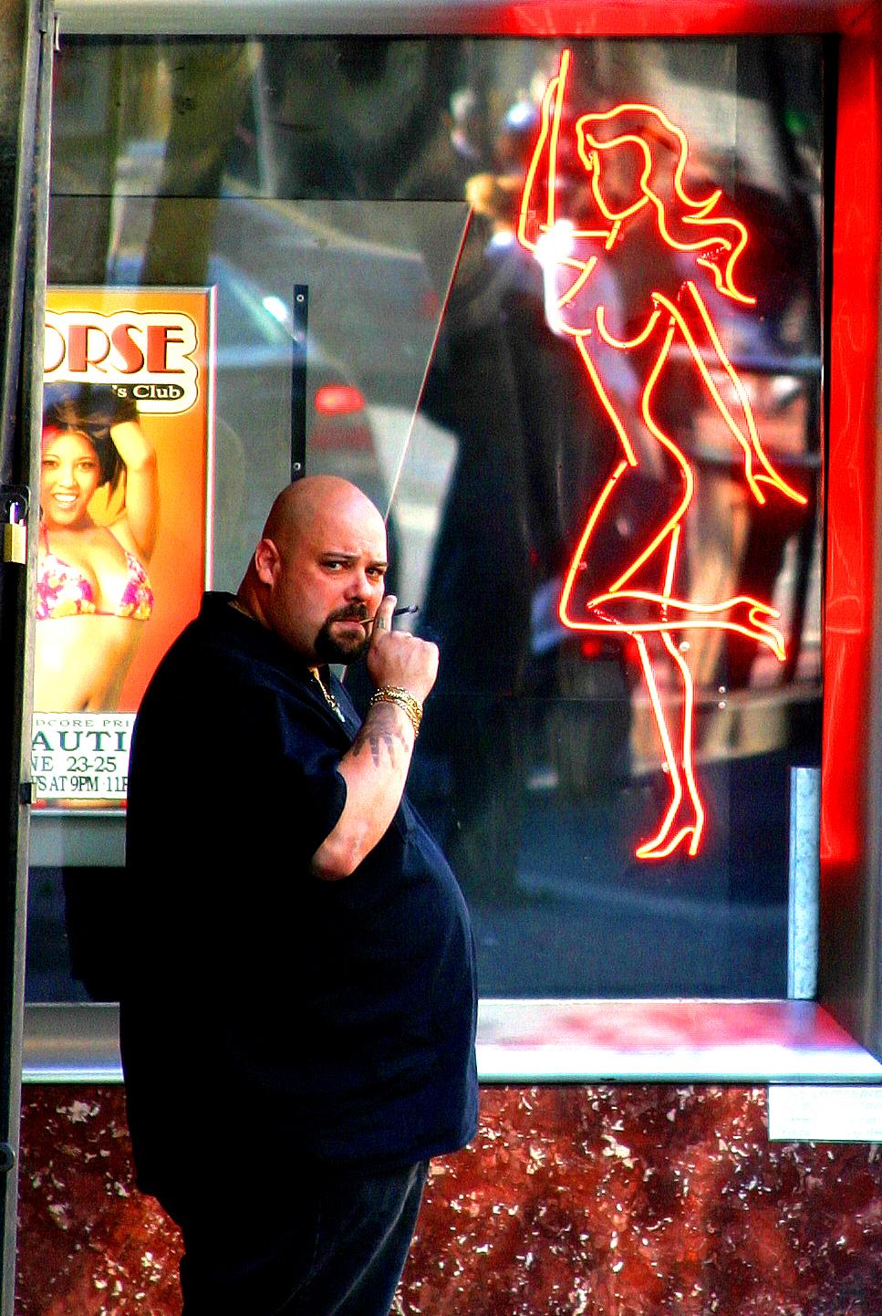 Смотреть big girl strip club 4 фотография