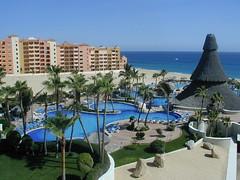 leisure(0.0), marina(0.0), resort town(1.0), beach(1.0), property(1.0), bay(1.0), estate(1.0), vacation(1.0), resort(1.0), condominium(1.0),