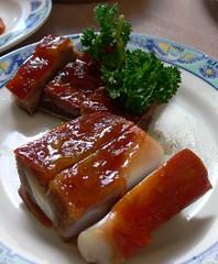 hors d'oeuvre(0.0), unadon(0.0), fish(0.0), meat(0.0), meal(1.0), food(1.0), dish(1.0), cuisine(1.0), peking duck(1.0),