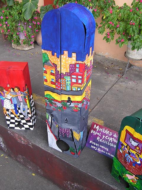 Muebles de papel y carton reciclado flickr photo sharing - Muebles de carton ...