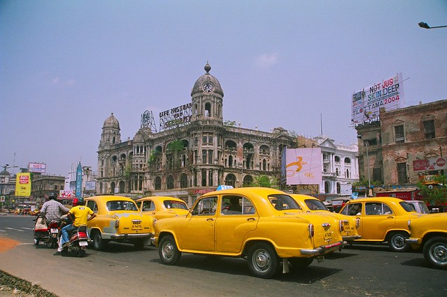 Ywllow Taxi in Kolkata