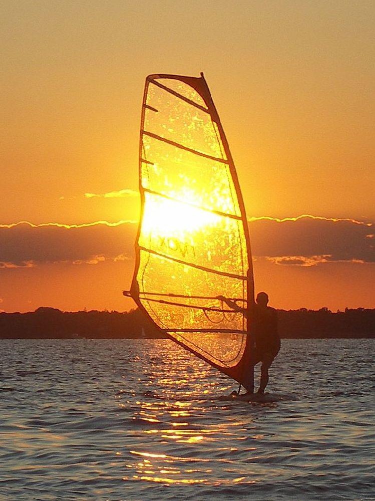 solar windsurfing